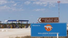 Nullarbor Roadhouse, Old Eyre Highway, Nullarbor Australie-Méridionale