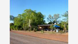 Banyan Tree Caravan Park, Rum Jungle Road, Batchelor, Northern Territory