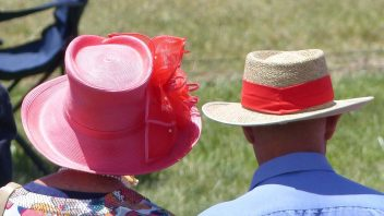 adaminaby-nsw-hat