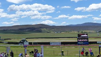 adaminaby-nsw-race